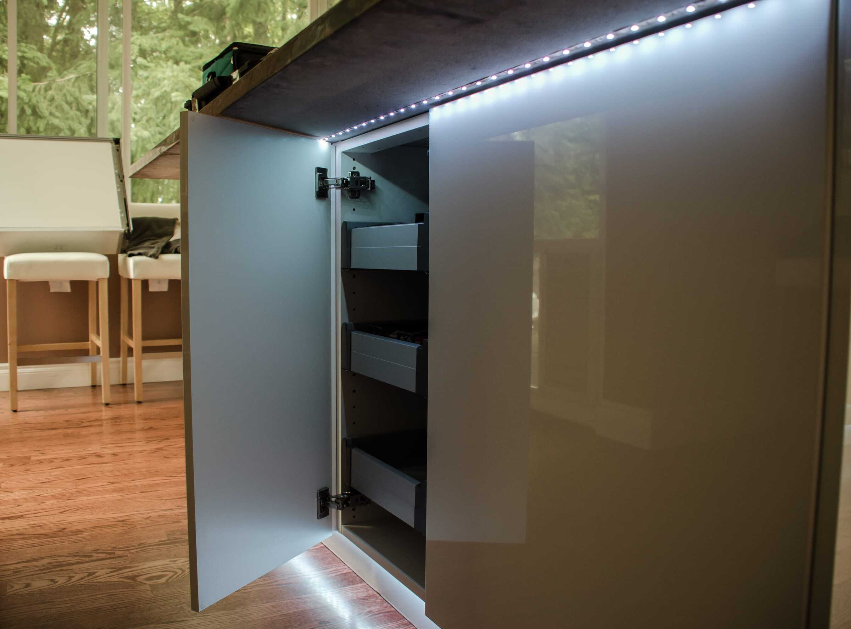 LED.Kitchen.lighting.under.counter